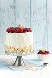 Gâteau mousseline avec la framboise Images libres de droits