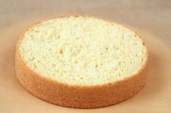 Gâteau mousseline de biscuit images libres de droits
