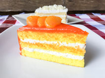 Gâteau orange et gâteau de chocolat blanc Photo stock