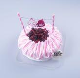 gâteau ou gâteau de jour de mères sur un fond Photo stock