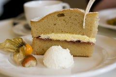 Gâteau pour le thé Images stock