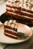 Gâteau rouge de velours d'amour Images libres de droits