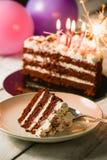 Gâteau rouge de velours d'amour Photos stock
