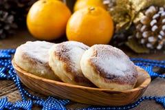 Gâteaux au fromage avec du riz, le chocolat et la mandarine photo libre de droits