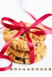 Gâteaux aux pépites de chocolat empilés Images stock