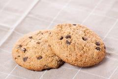 Gâteaux aux pépites de chocolat empilés photo libre de droits