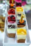 Gâteaux avec des fruits Photographie stock