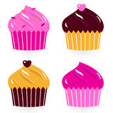 Gâteaux d'anniversaire colorés réglés Photographie stock libre de droits