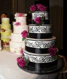 Gâteaux de célébration de réception de mariage Image stock