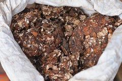 Gâteaux de chocolat dans le sac blanc Images libres de droits