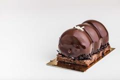 Gâteaux de chocolat savoureux sur la table Photos libres de droits