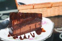 Gâteaux de chocolat sur le plat Image stock
