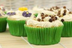 Gâteaux de fête et colorés Image libre de droits