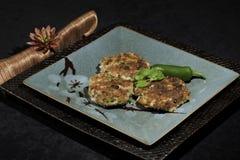 Gâteaux de pomme de terre d'Aloo Tikkis photographie stock