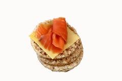 Gâteaux de riz avec des saumons Photographie stock