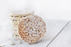 Gâteaux de riz ronds Photos libres de droits