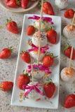 Gâteaux de vacances décorés du chocolat blanc Image stock