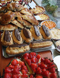 Gâteaux et pâtisserie photographie stock libre de droits