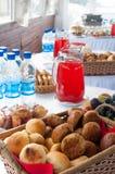 Gâteaux et pastèque Photographie stock libre de droits