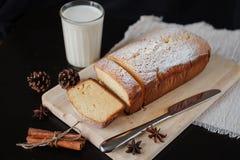 Gâteaux faits maison pour le petit déjeuner Images stock