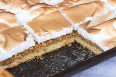Gâteaux mousseux savoureux Images stock