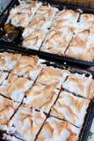Gâteaux mousseux savoureux image libre de droits