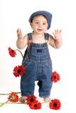 Gänseblümchen-Mädchen mit der Hand oben lizenzfreie stockfotografie
