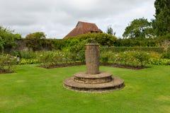 Gärten bei Barrington Court nahe Ilminster Somerset England Großbritannien mit Gärten im Sommersonnenschein Lizenzfreie Stockfotos