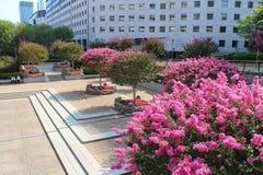 Gärten in der La-Verteidigung, Paris Stockbild