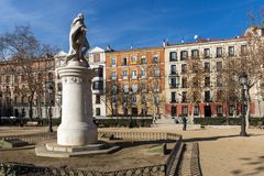 Gärten des Piazza-Landhausdes Paris in der Stadt von Madrid, Spanien stockfotografie