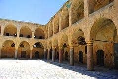 Gästgivargården Khan Al-Umdan Byggt under regeringstiden av ottomanvälden Akko israel arkivbilder