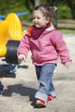 gå för barn Fotografering för Bildbyråer