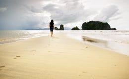 gå för strand Arkivfoton