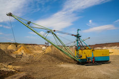 Gå grävskopan - dragline Arkivfoton