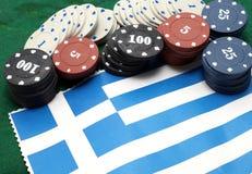 Gå i flisor tecken för att spela över flaggan av Grekland Royaltyfria Foton