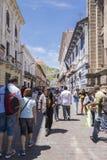 Gå i gatorna av Quito Royaltyfri Fotografi