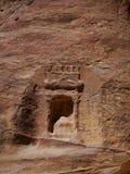 Gå i Petra, Jordanien, en av de nya sju underna av woen Arkivfoton