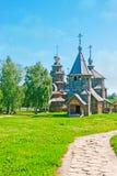 Gå i Suzdal träarkitekturmuseum Fotografering för Bildbyråer