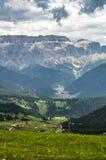 Gå i Trentino Alto Adige - Italien royaltyfria bilder