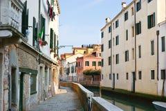 Gå i Venedig Arkivfoton