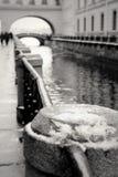 Gå på broarna av Petersburg Royaltyfri Bild