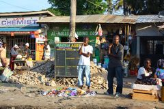 Gå på gatan i Mombasa Royaltyfri Fotografi