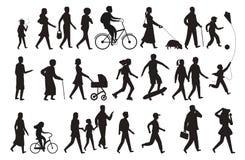 Gå personkonturn Dam och barn för ung kvinna för gruppfolk som går den familj isolerade vektorsvartuppsättningen vektor illustrationer