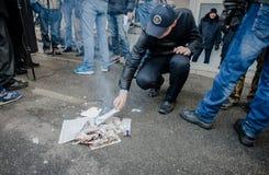 Gå strejkvakt det pro-ryska politiska partiet Fotografering för Bildbyråer