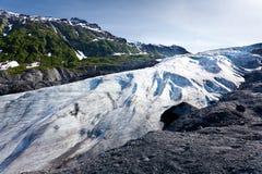 gå ut från glaciären Royaltyfria Bilder
