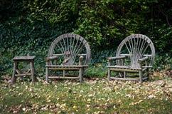 Gående gräsplan: möblemang Royaltyfria Foton