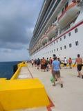 gående tillbaka ship till Fotografering för Bildbyråer