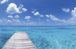 Gångbana till paradisön Polynesien Royaltyfri Fotografi