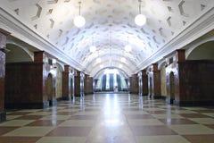 gångtunnel för 4 station arkivbilder