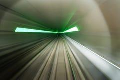 gångtunnel för nödlägeutgångar Arkivfoton